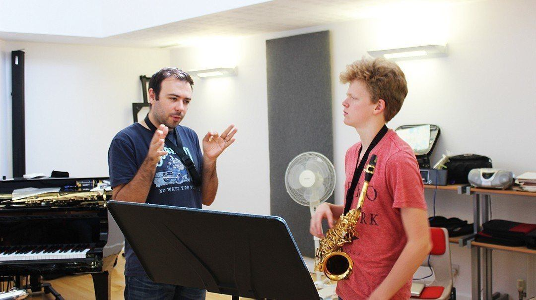 Dom Childs teaching at the Ingenium Academy Summer School for Music Saxophone Course
