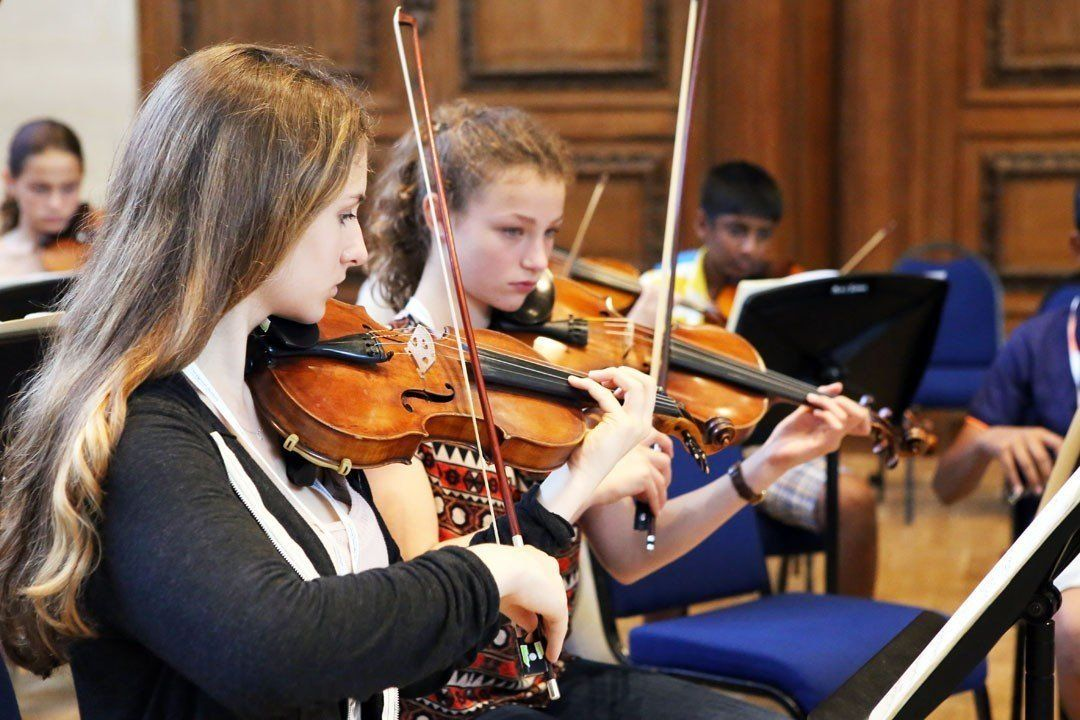 String players at the Ingenium Academy summer music course