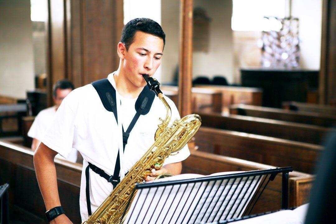 Baritone saxophone student