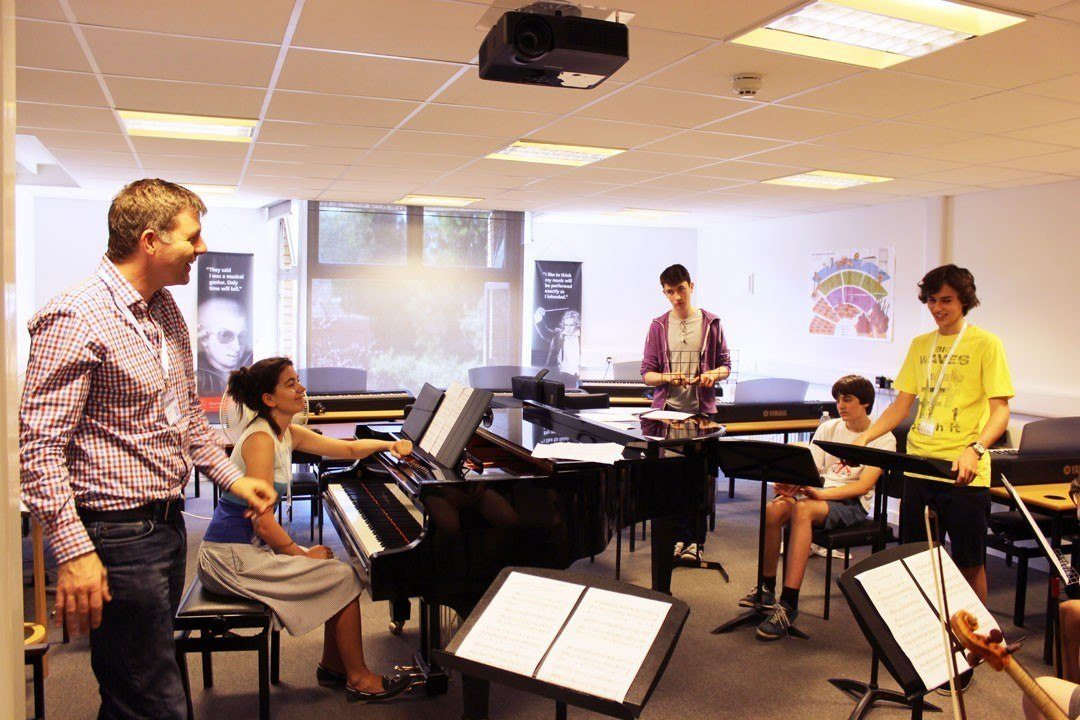 Conducting students with répétiteur