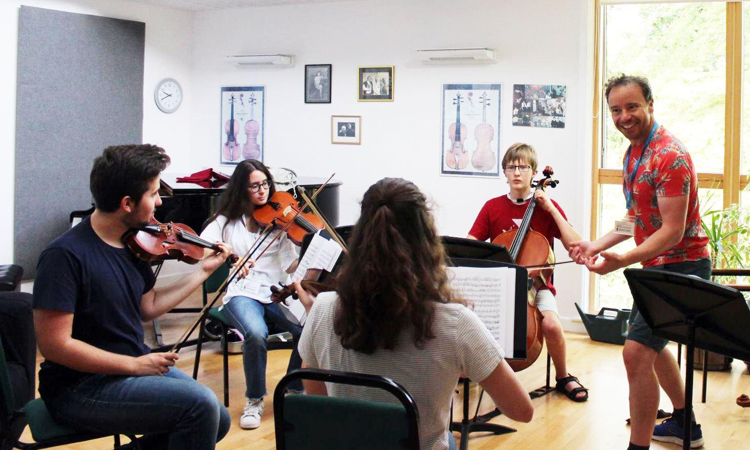 Chamber music sessions with string quartet