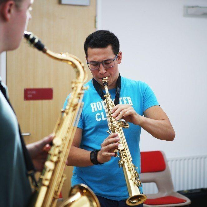 Ingenium Student improvising on soprano saxophone during a jazz workshop