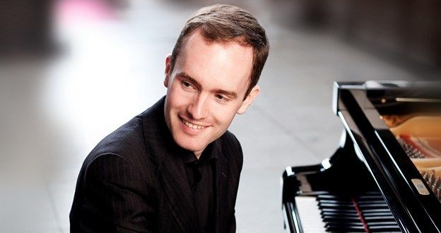 Simon Callaghan, Head of Piano at the Ingenium Academy International Summer School for Music