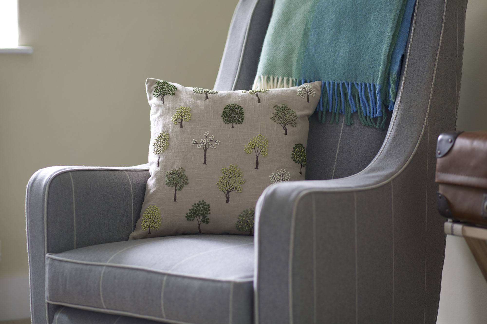 wingreen chair and tree cushion JKE_4272.jpg