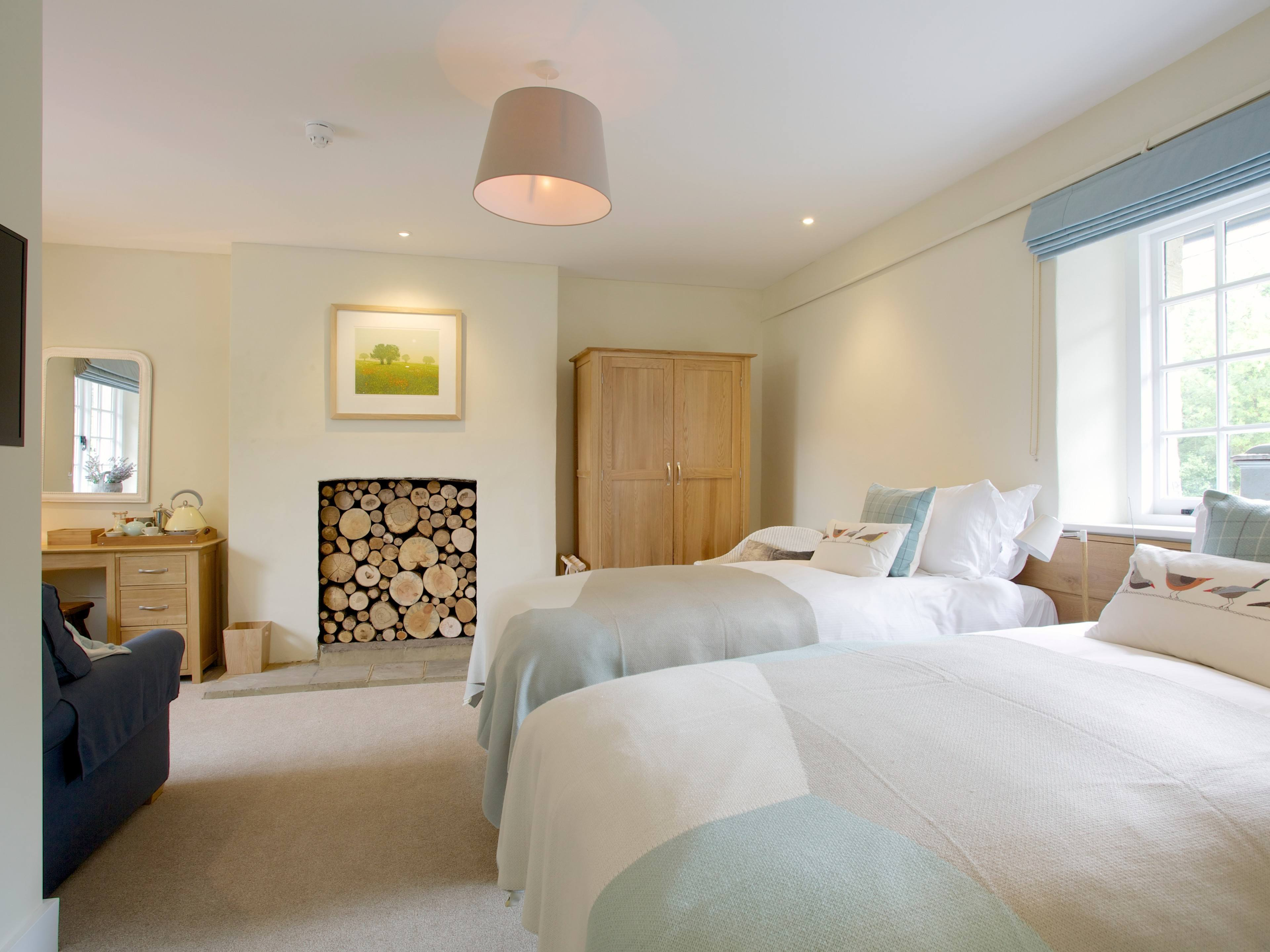 The Royal Oak Swallowcliffe - Nadder - Double and Twin Room