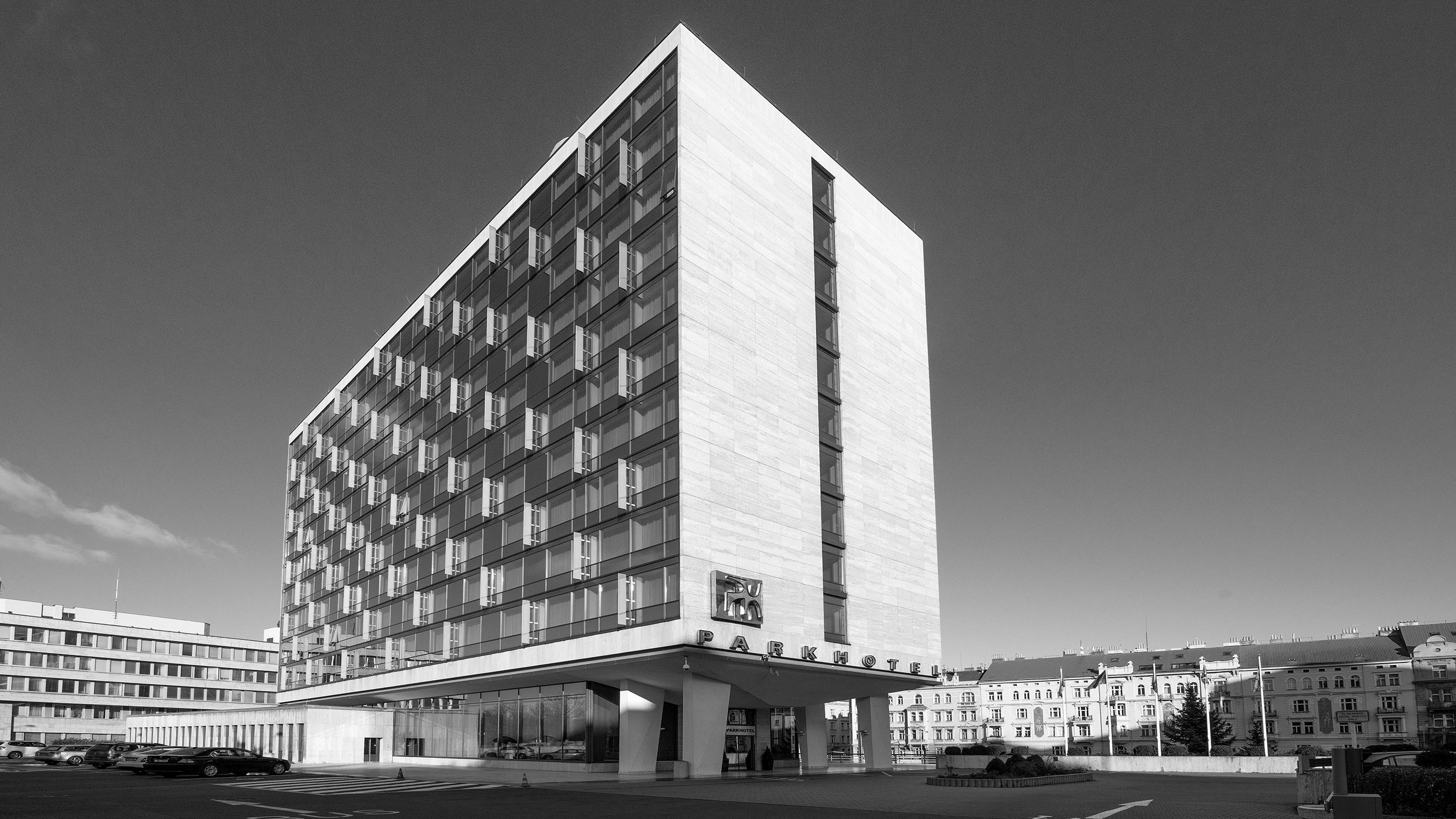 Park Hotel Pragueb&w.jpg