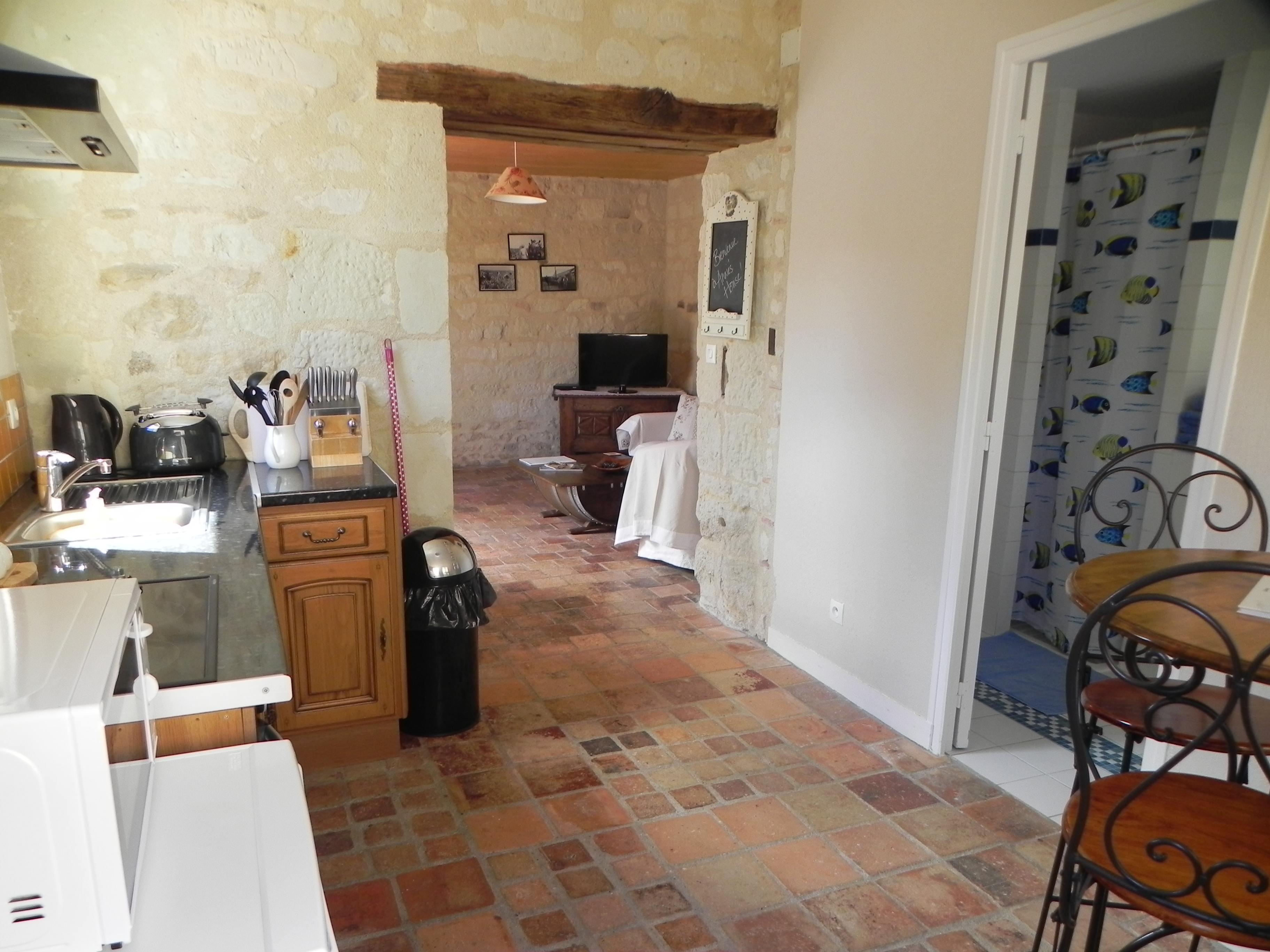 AH Kitchen 03.jpg