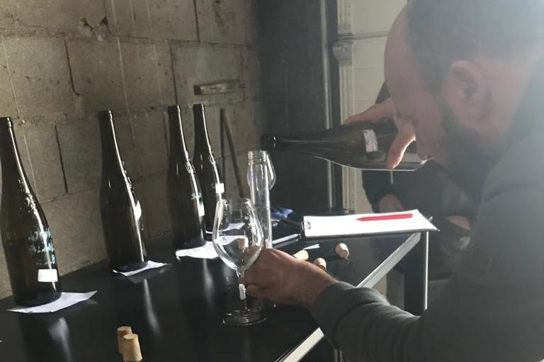 Blending of the sparkly 2018 wines image