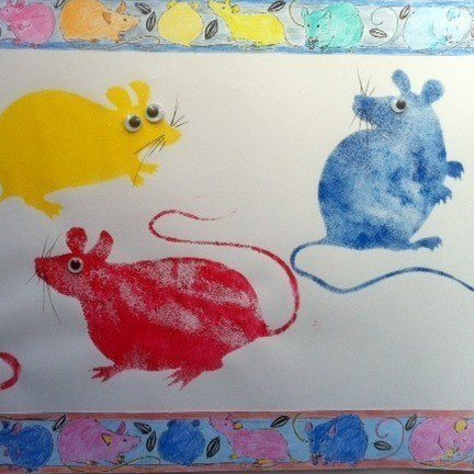 sponge printed mice, battersea zoo