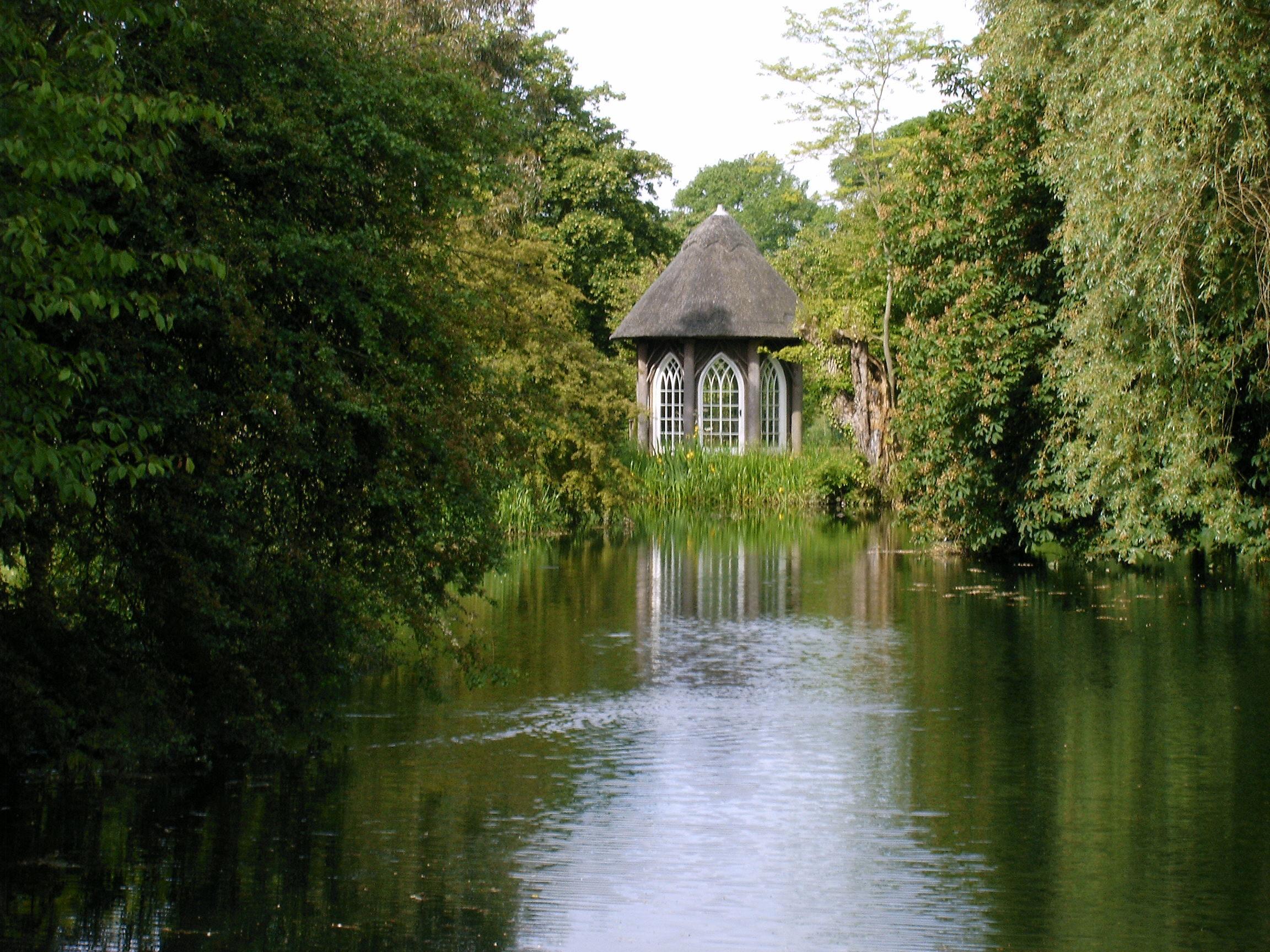 Abbots Ripton Summer House.jpg