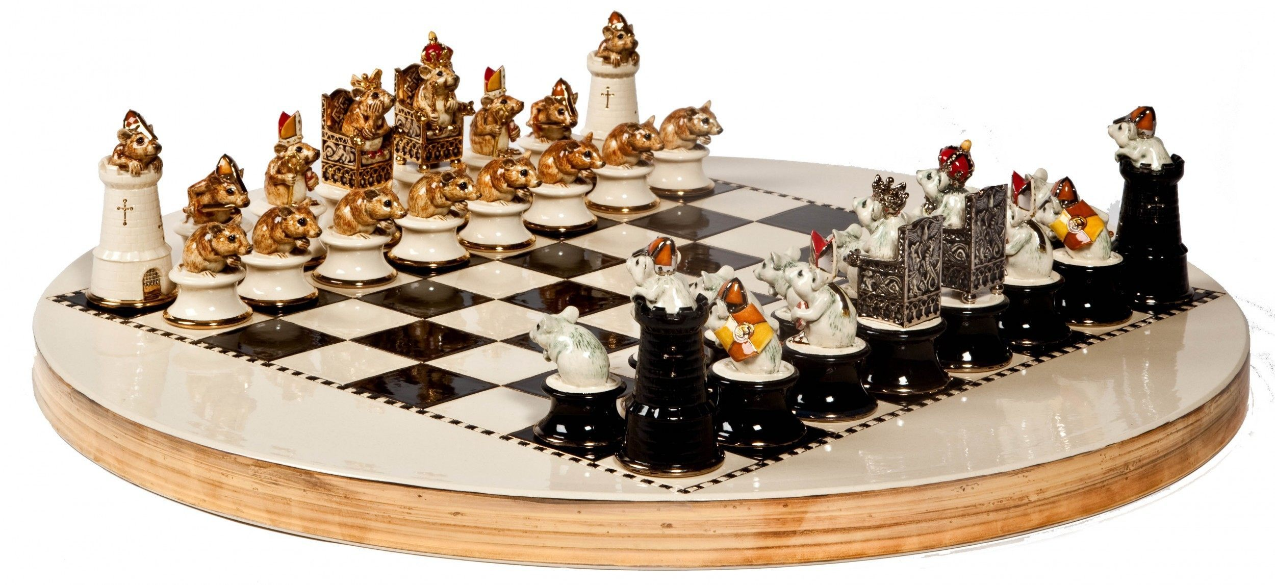 1367959539b-chess-set.jpg