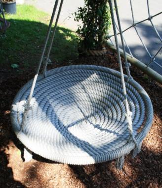 luxury garden nest swing made from finest english rope