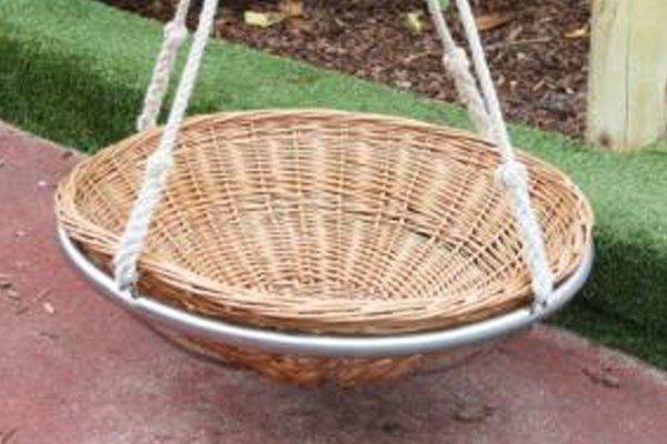 Wicker garden nests swing