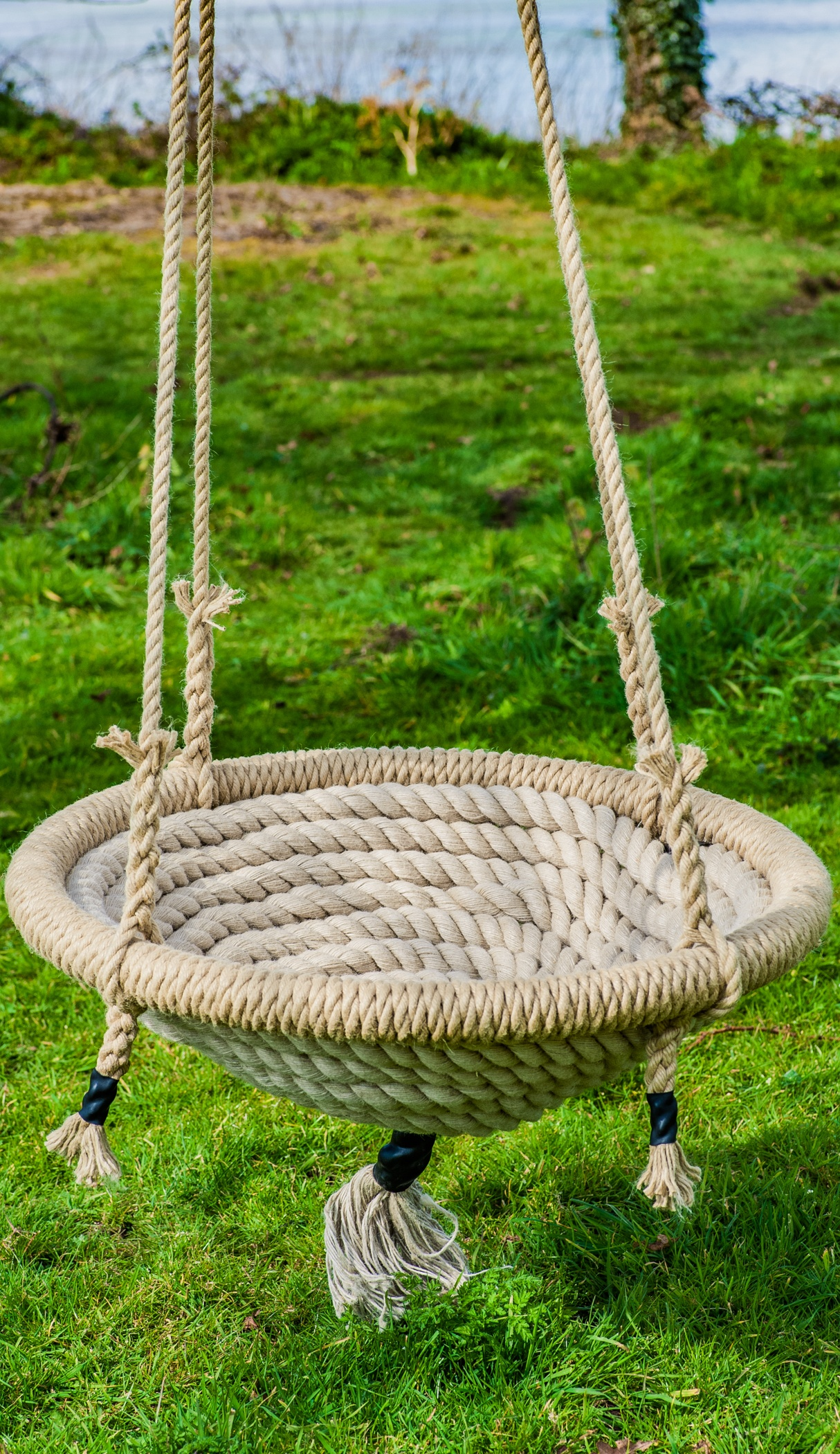 round nest swing made of chatham dockyard rope
