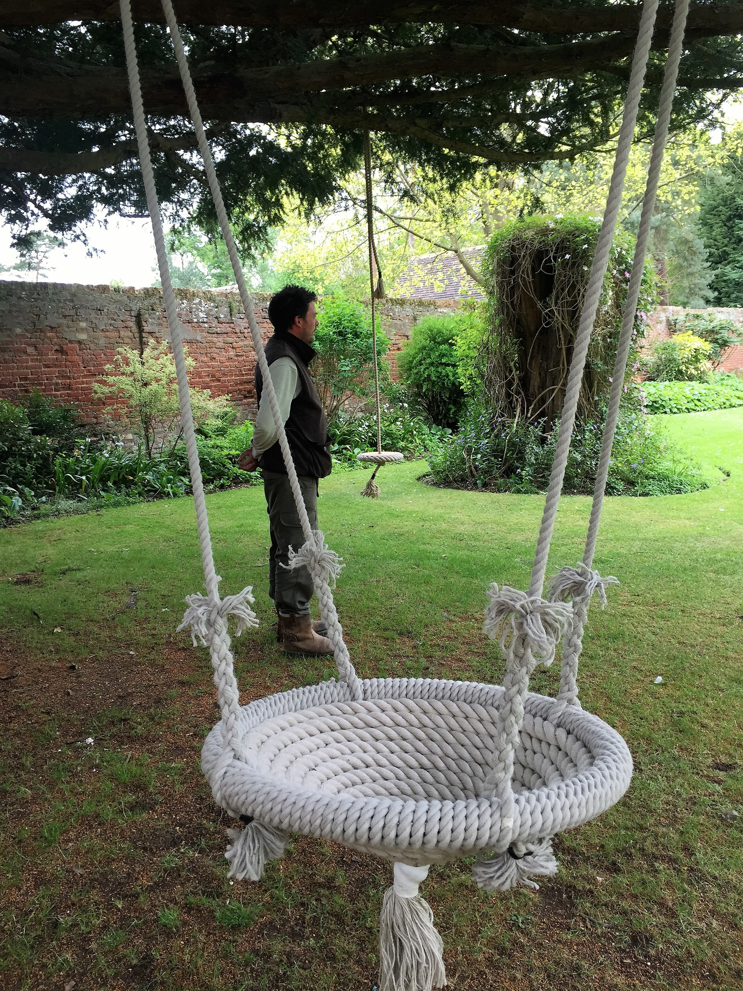 garden nest swing