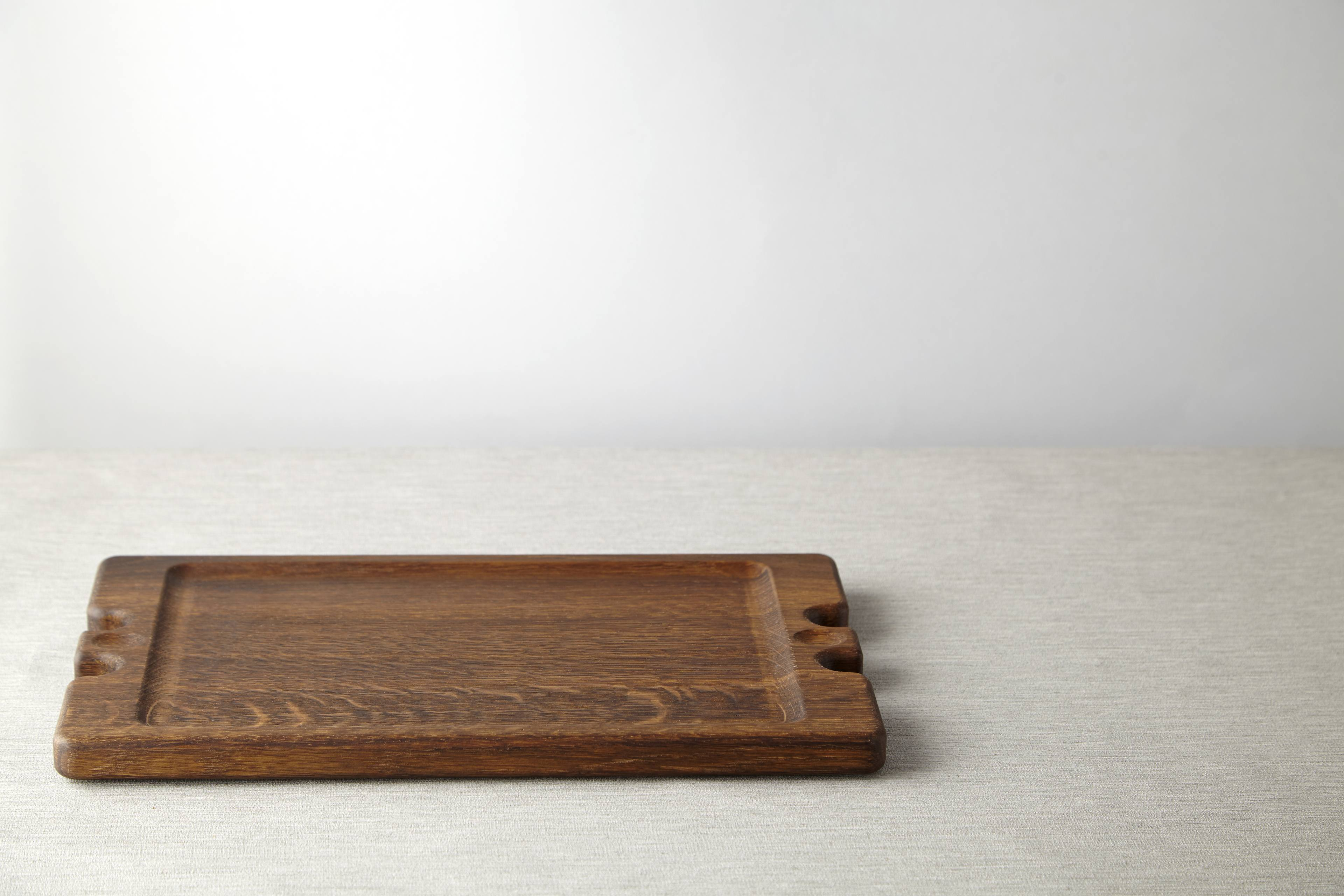 Fumed Oak Sharing Board