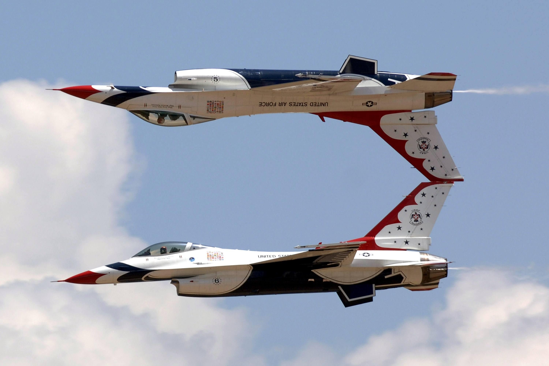 jets-801665.jpg