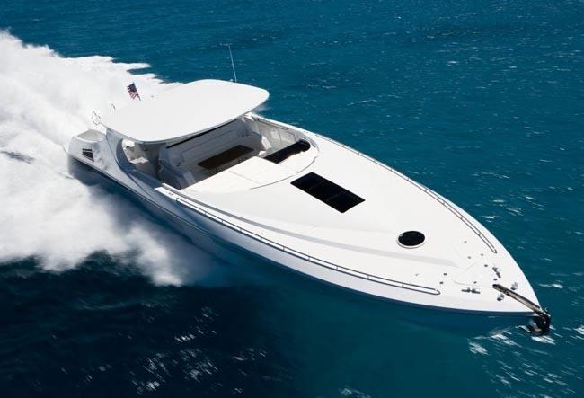mystic_powerboats_sl700_exterior_10.jpg
