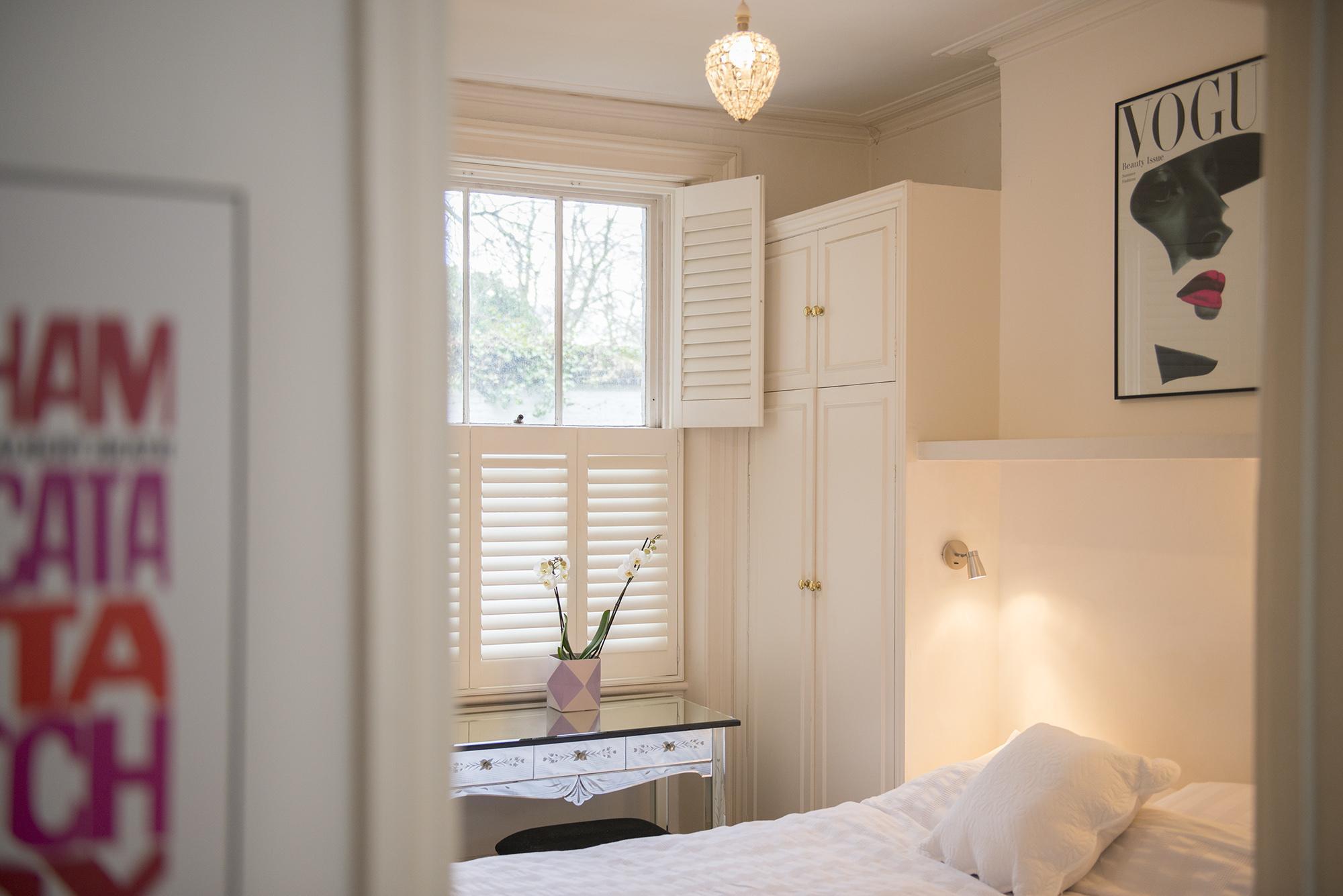 Bedroom 004.jpg