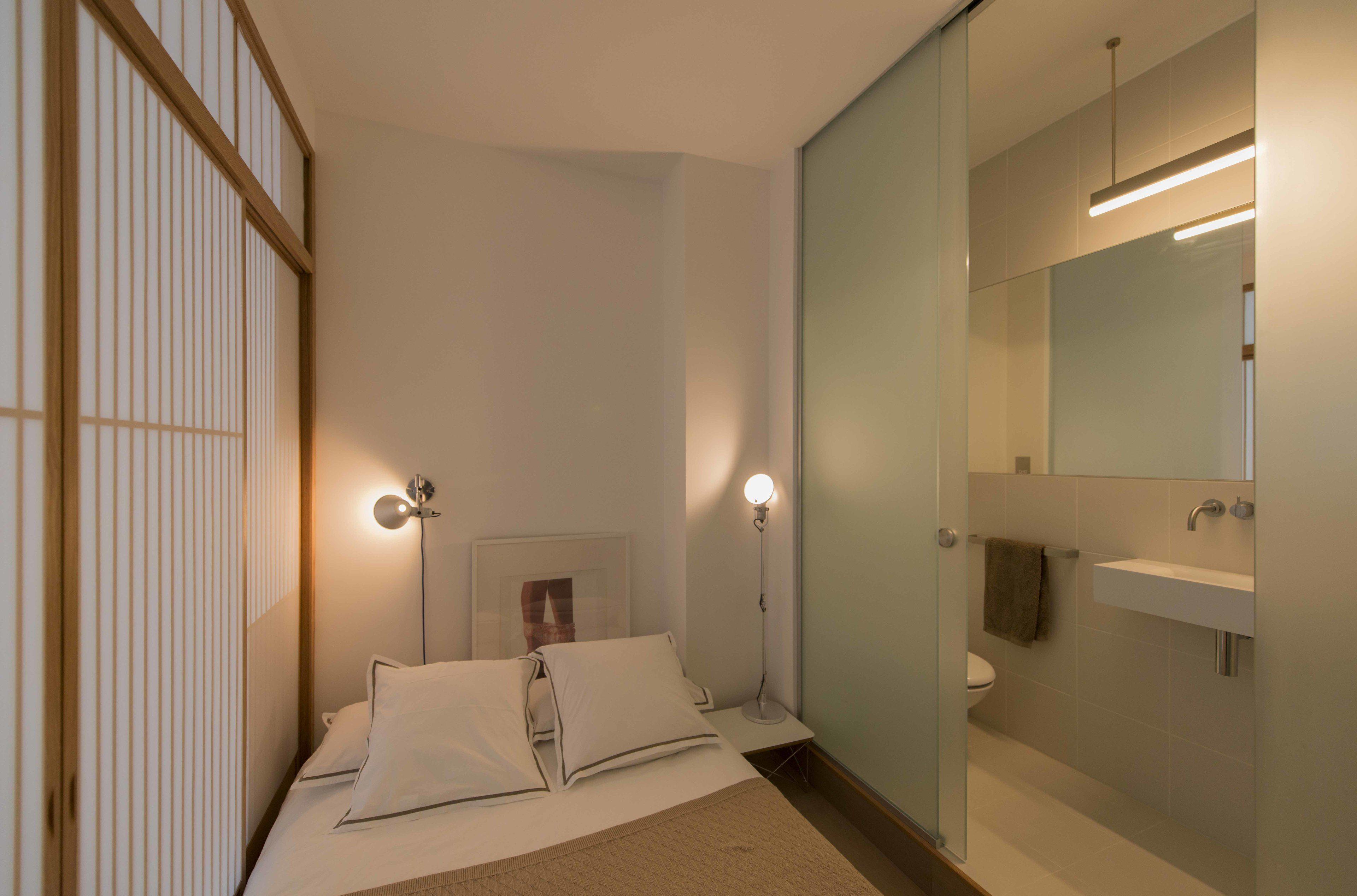 Bedroomandbathroom001.jpg