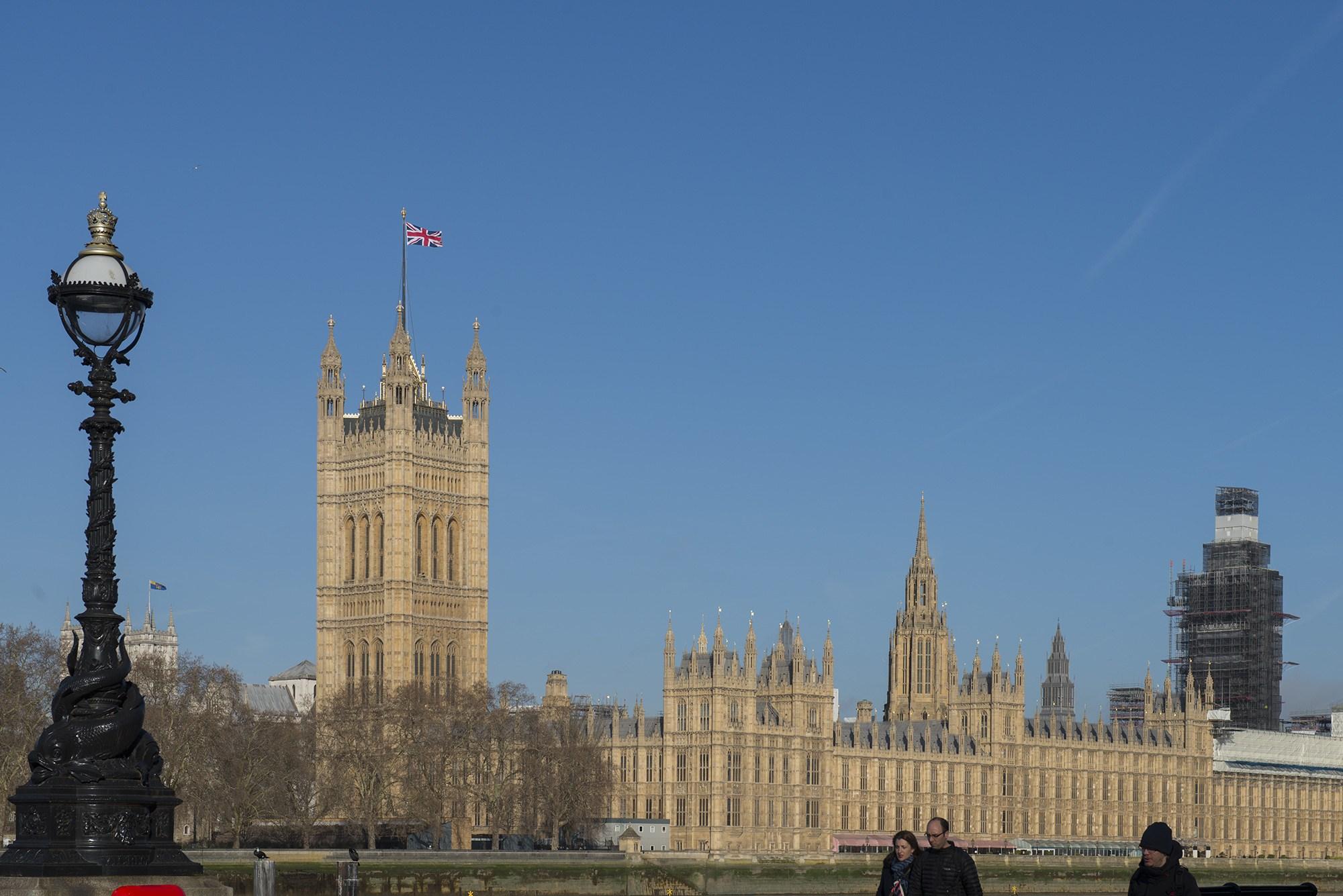 Parliament001.jpg