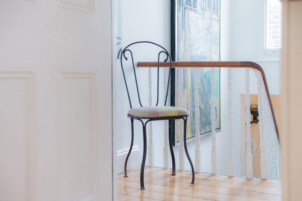 Chair001.JPG