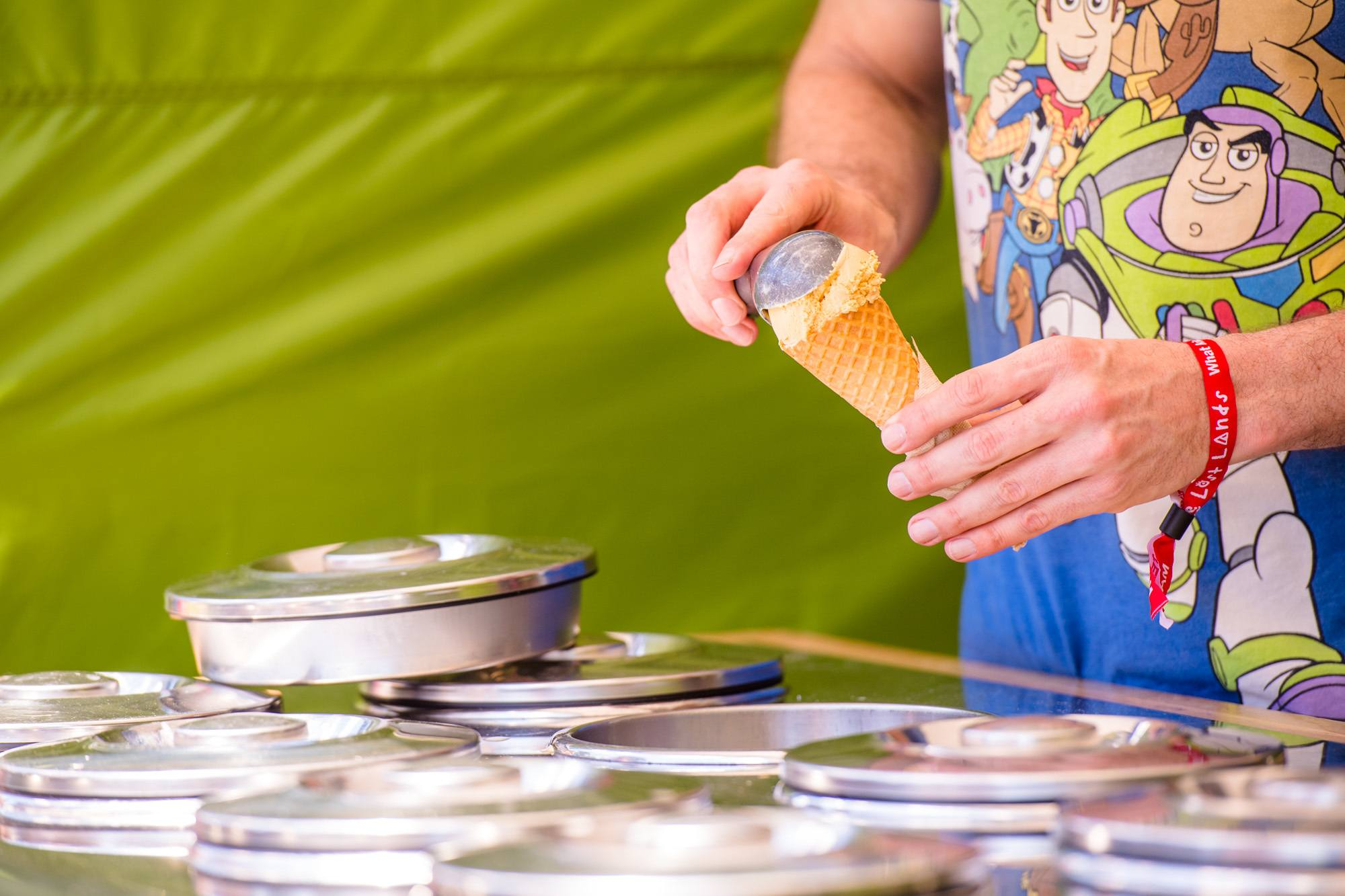 Ice cream being served at The Lost Lands 2016