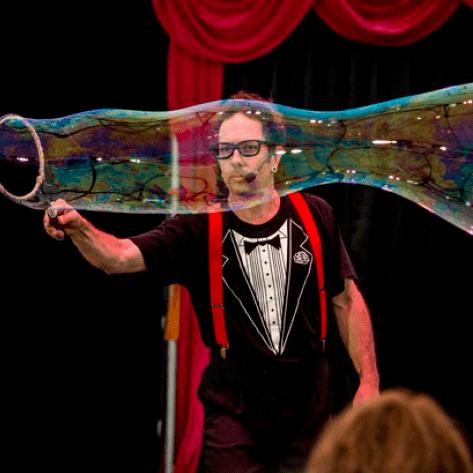 Dr Hubble's Bubble Show
