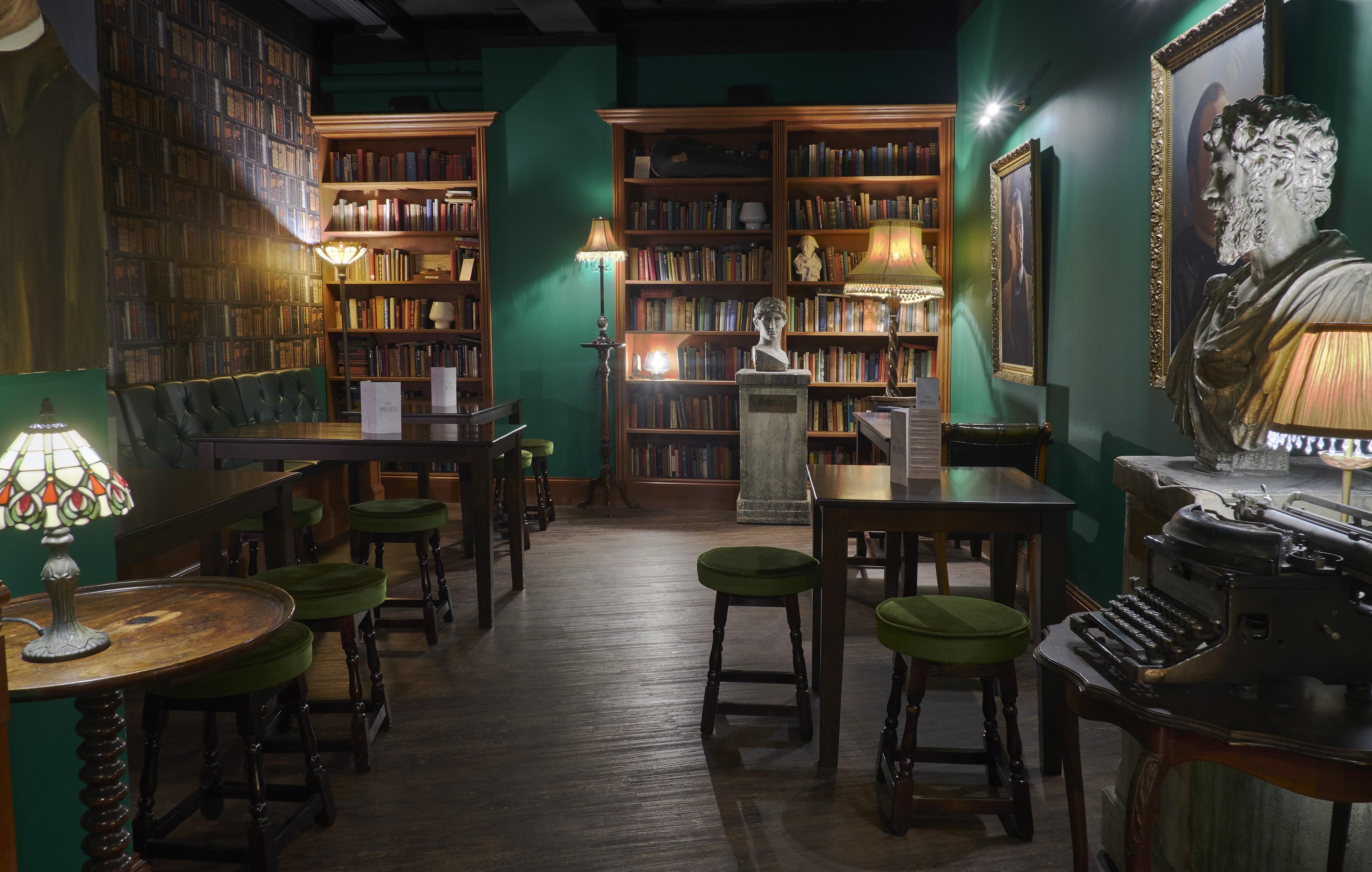 AlfieSamba_Sherlock Bar_3.jpg