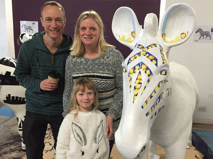 Carl, Jacqui and Felicity pay a visit to the Zebra