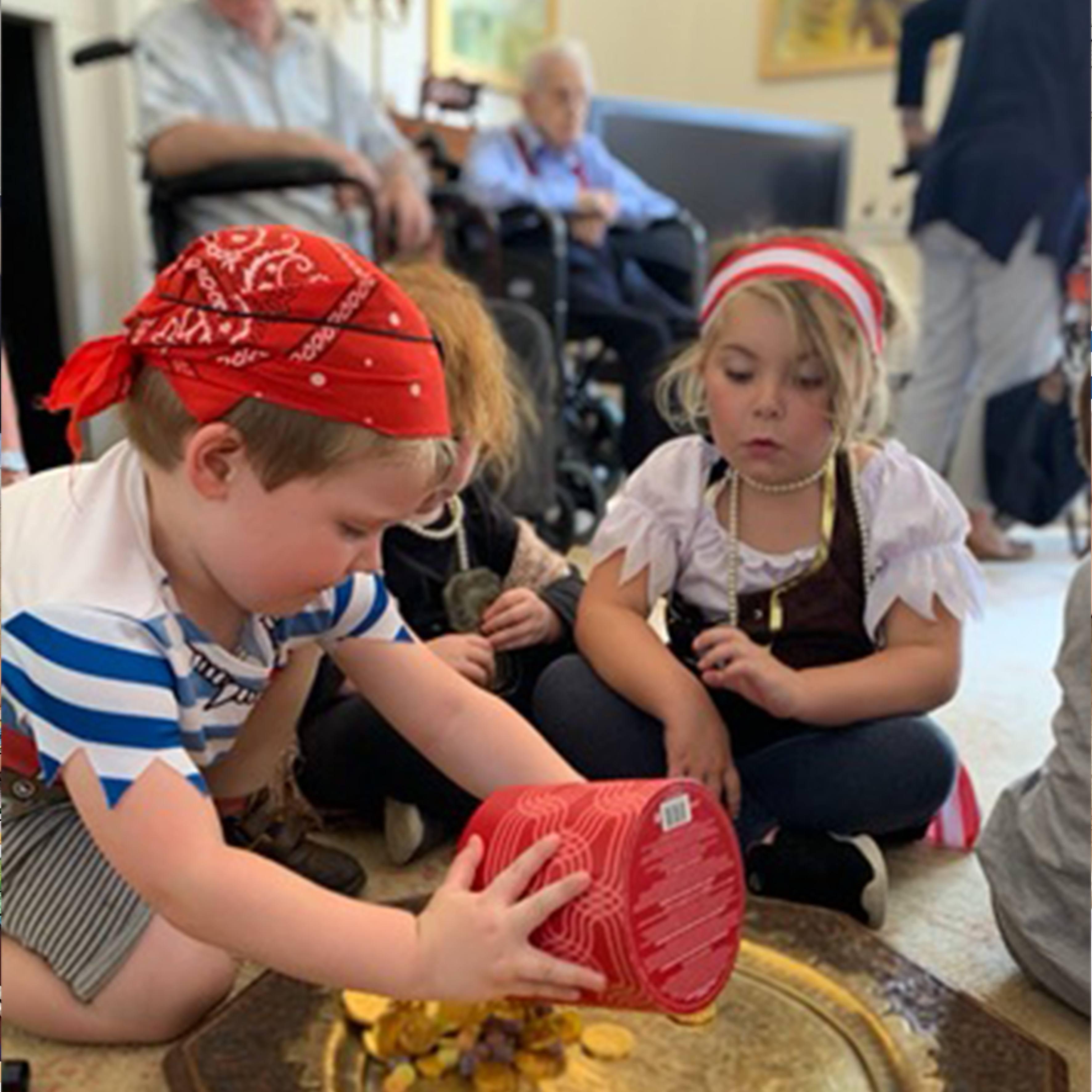Children from Little Munchkins enjoying a Pirate Treasure Hunt