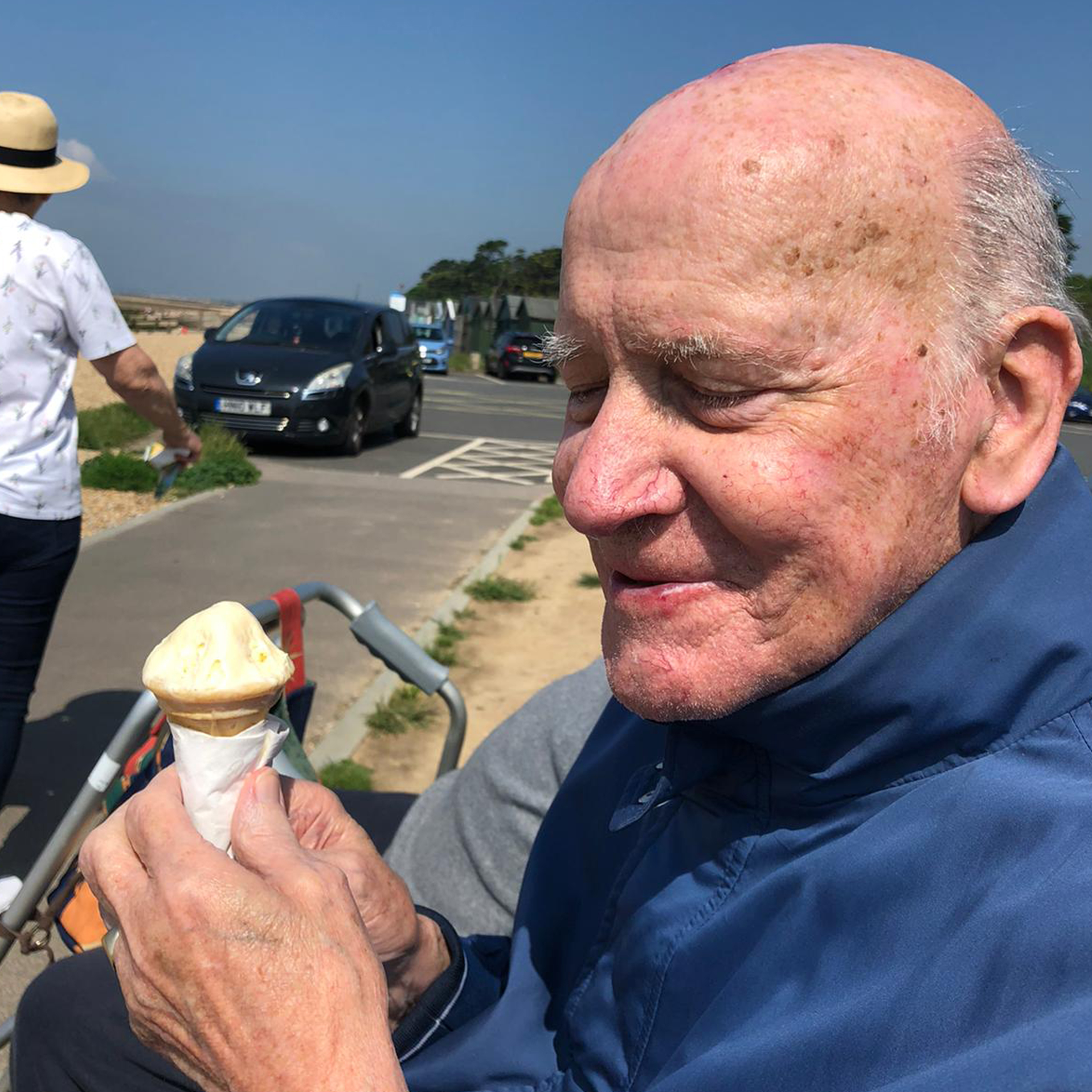 An ice cream in the sun