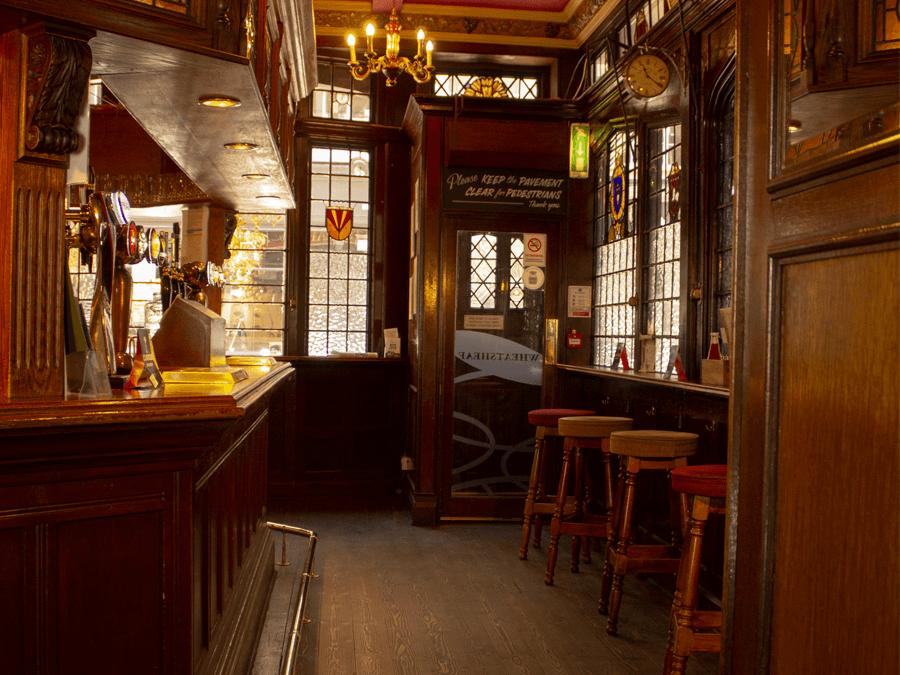 Wheatsheaf_inside_pub.png