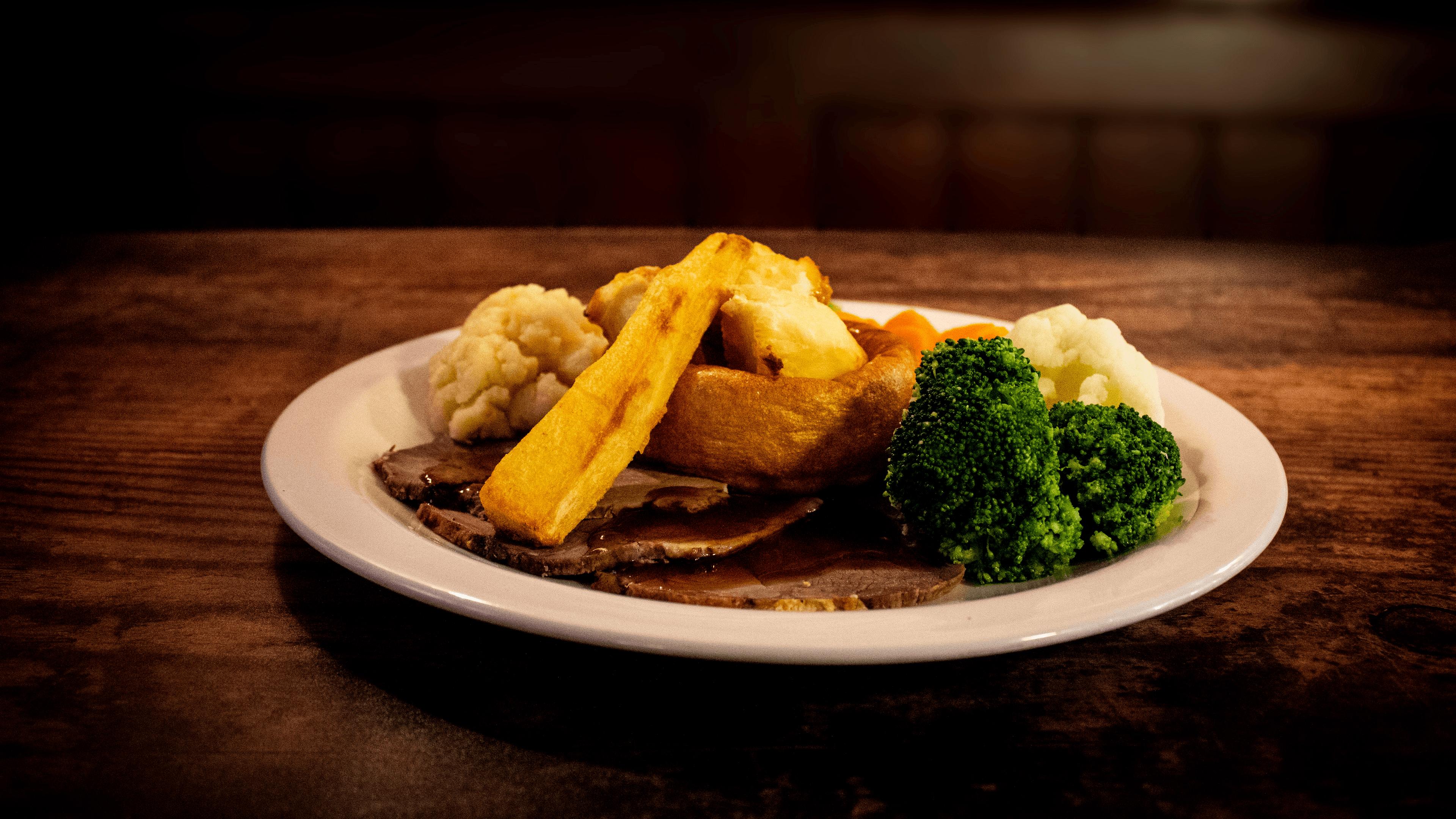 blackhorse-roast-beef-side-view.png