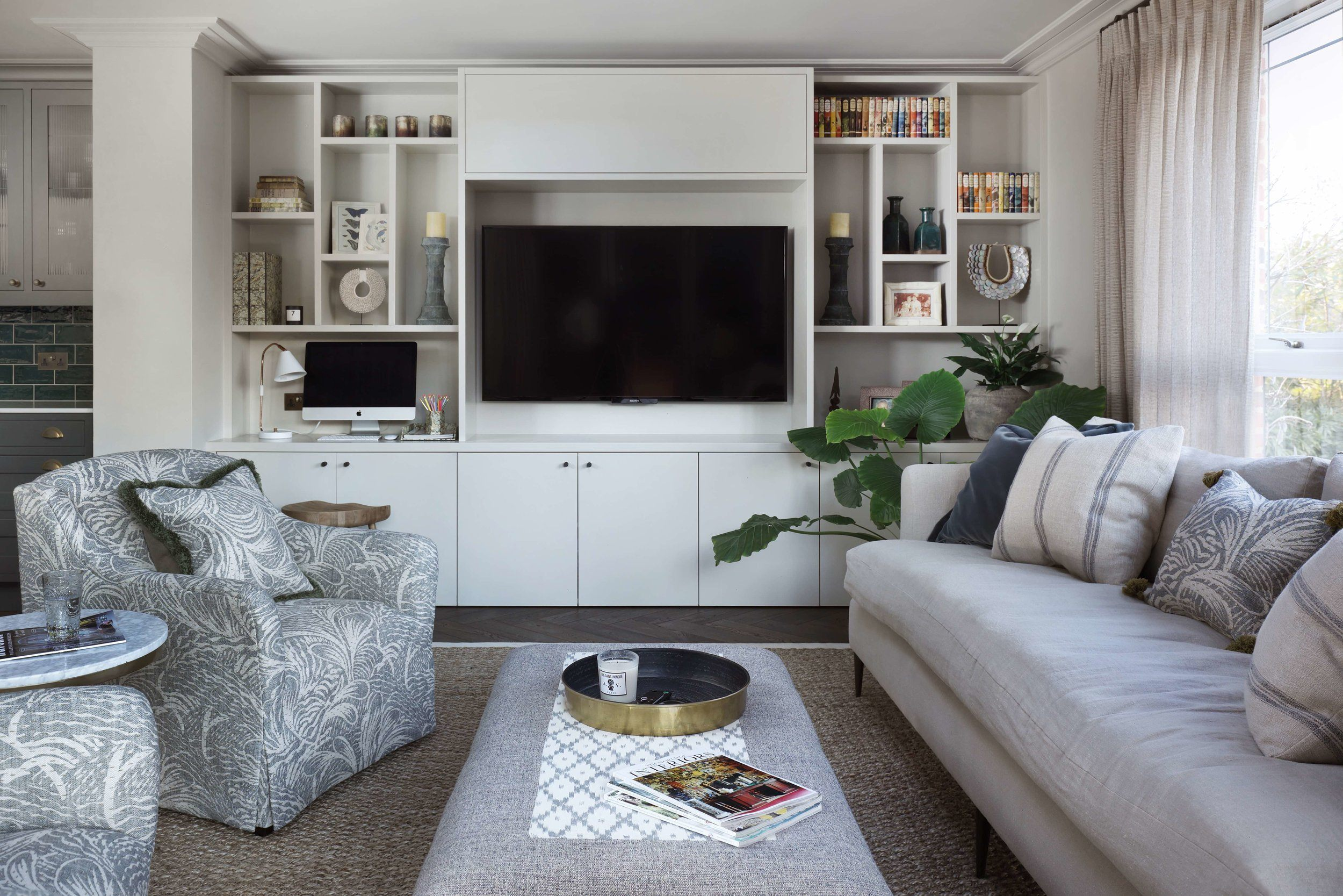 Hadley Wood - TV Unit 2.jpg