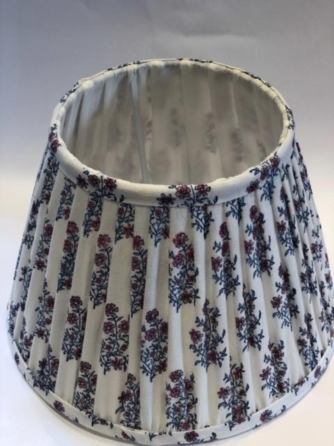 Mayo Flowers Blue & Pink - Plain Trim