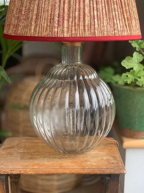 Varanisi Wide Glass Lamp