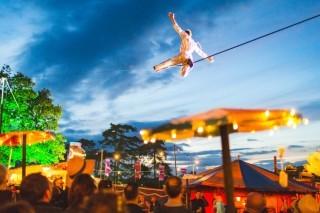 Cirque Bijou image