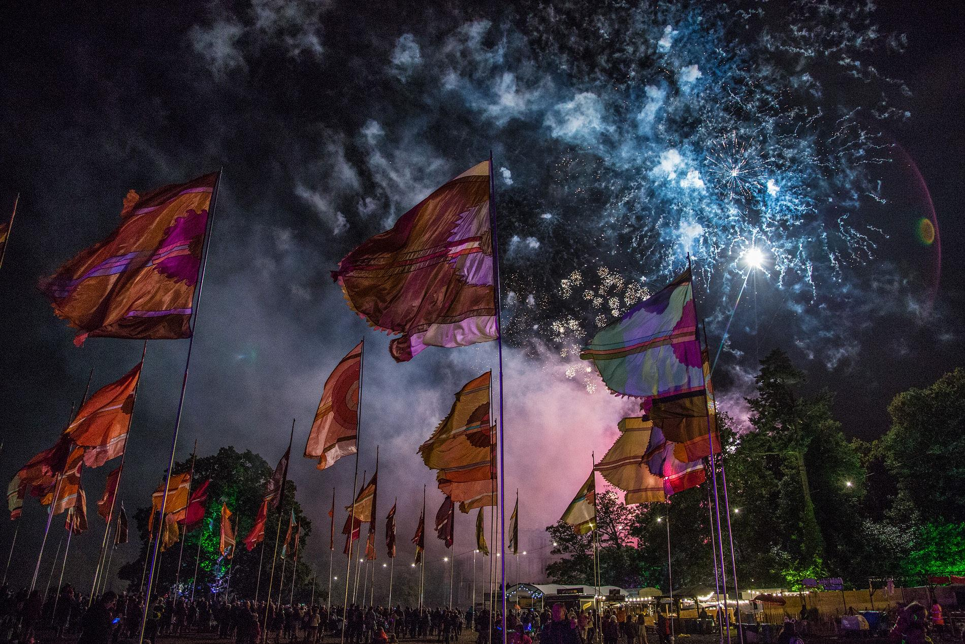 15-CampBestival2017-Fireworks-AW-ADAM4766.jpg