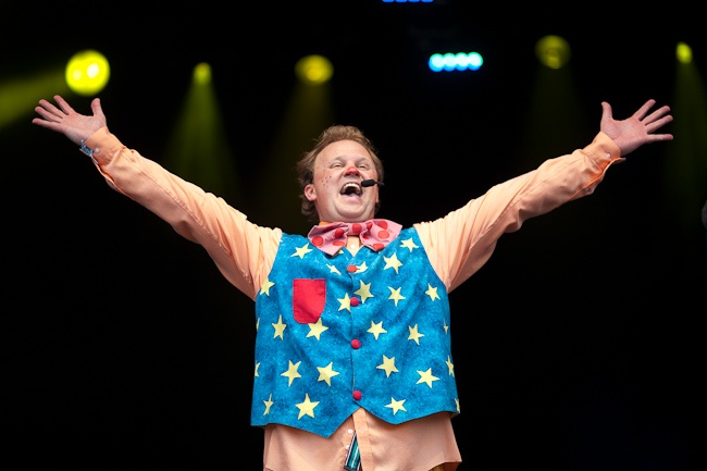 Mr Tumble image