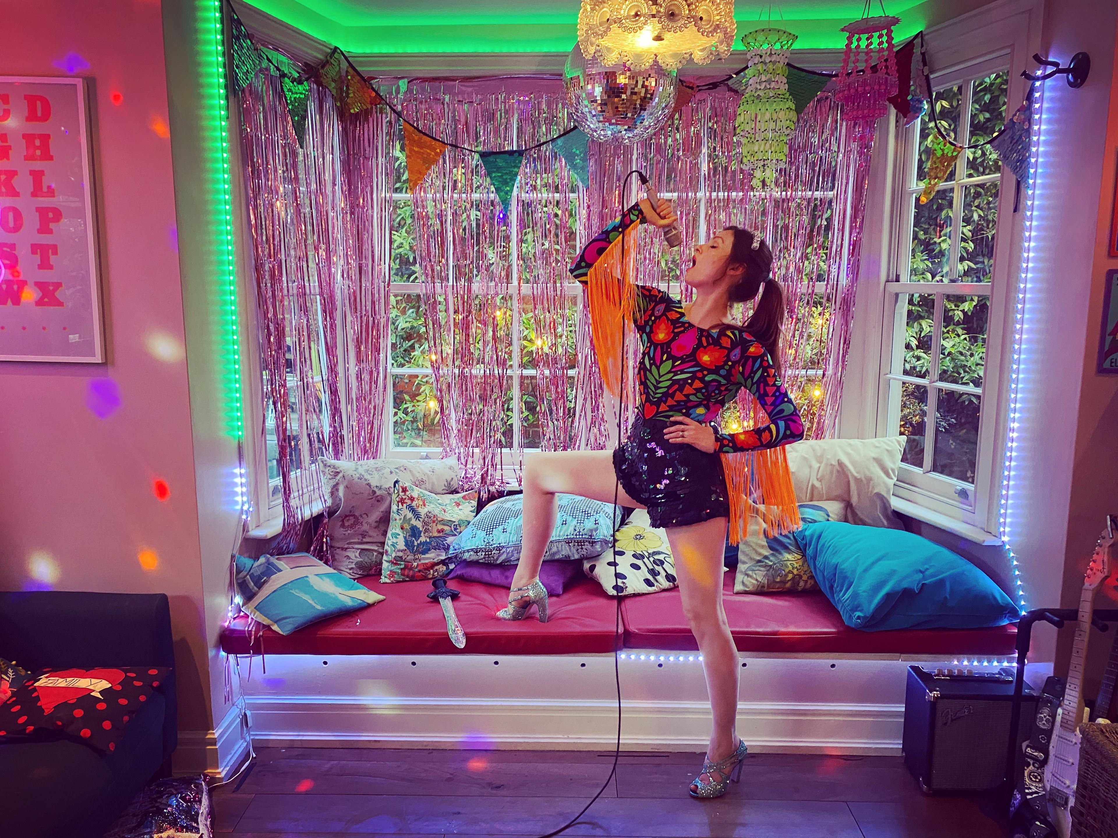 Sophie Ellis Bextor image