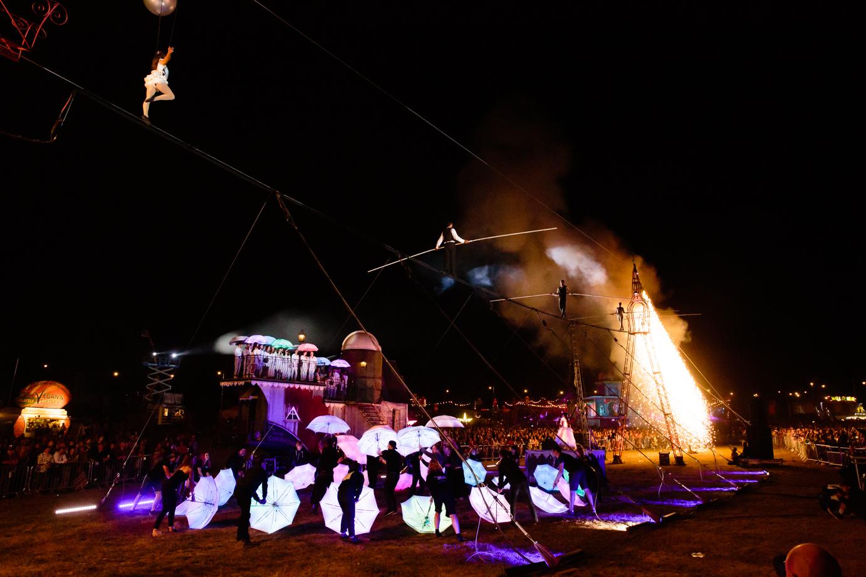 Sleep Walkers - a circus spectacular! image