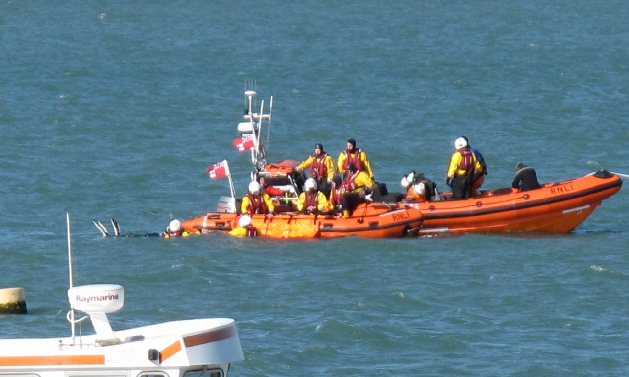 Diver Recovery Drills with Calshot RNLI image